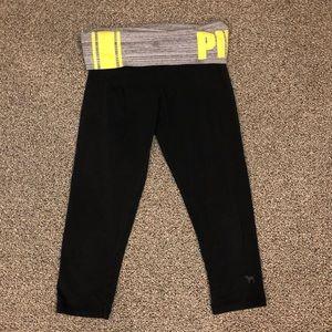 VS PINK Cropped Yoga Leggings